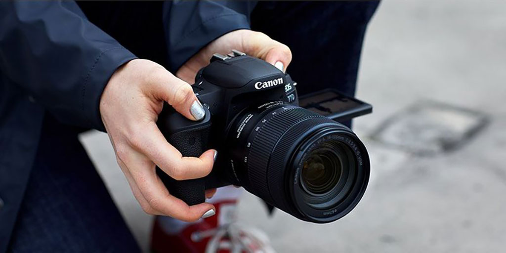Canon 77D: The best vlogger camera? Canon 77D best vlogger camera?